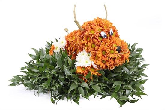Игрушка из цветов Бычок - фото 6716