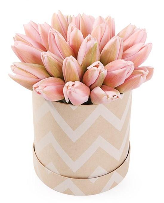 25 королевских тюльпанов в коробке, жемчужные - фото 7739