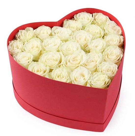 Букет Искренне Ваш в коробке-сердце - фото 7809