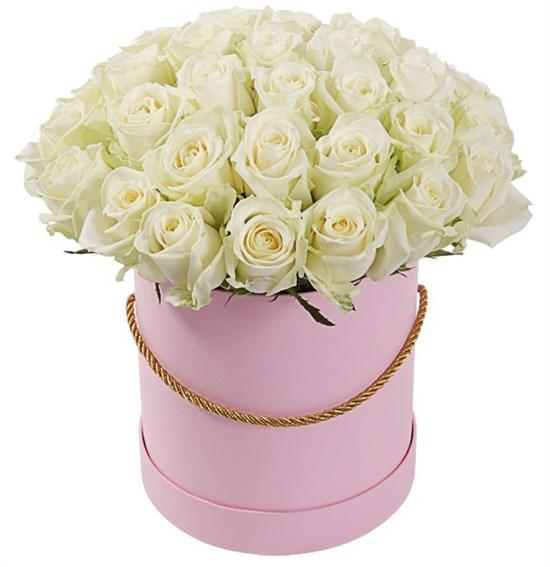 35 роз Аваланш в шляпной коробке - фото 8022