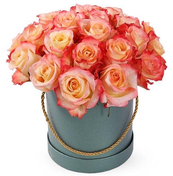 25 роз Кабаре в шляпной коробке - фото 8132