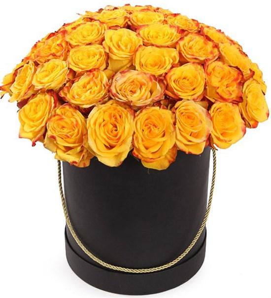 51 роза Хай Еллоу в черной шляпной коробке - фото 8283