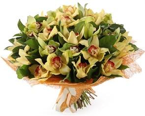 Букет с орхидеями Лимонный щербет