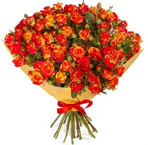 Букет 15 кустовых роз Фаер Флеш