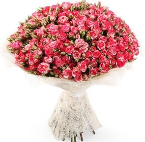 Букет 51 кустовая роза Фаер воркс